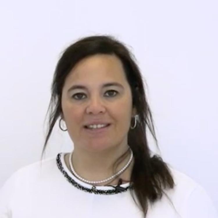 Clara Lapiedra SOS Women Aula Magna Business School